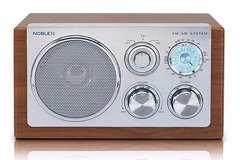 Radio Noblex AM/FM RX40M MADERA PORTATIL